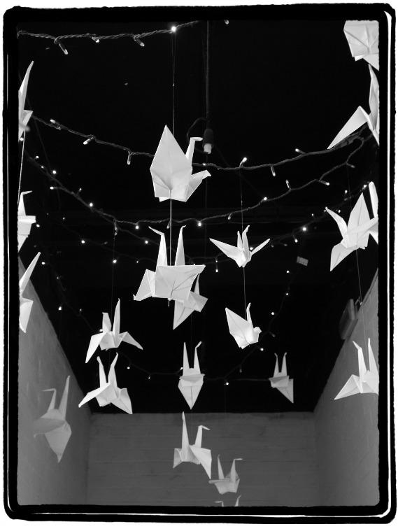 B&W paper birds